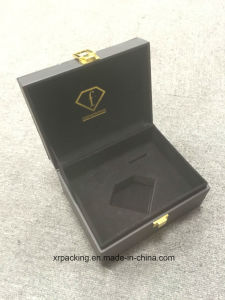 OEM Fancy Paper Jewelry Box/Luxury Clamshell Ring Box/Necklace Box/Earring Box/Bracelet Box pictures & photos
