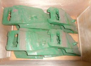 Lip Shrouds for Hitachi Excavator (EX1900-6 / EX3500 / EX2500-6) pictures & photos