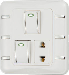Ee-Hm-K07 2 Gang 16A Wall Switch and Socket pictures & photos