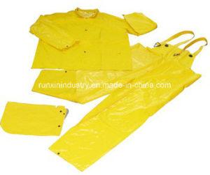 3PCS PVC Raincoat with Bib Pants R9007 pictures & photos