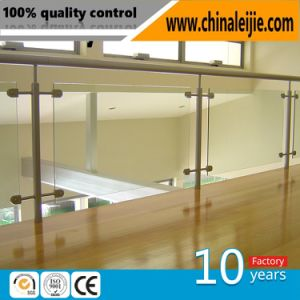 High Quality Stainless Steel Glass Balcony Fence Post Glass Handrail Pillar pictures & photos