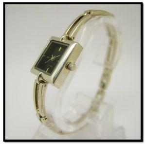 Fashion Ladies Watches UK Bracelet Ladies Watches Alloy Case pictures & photos