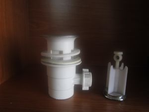 Best Price Plastic Pull up Drainer for Wash Basin pictures & photos