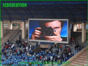 20mm Full Color Stadium LED Display for Live Boardcast pictures & photos