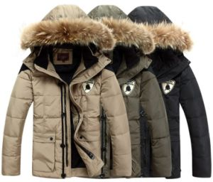 Men′s High Quality Fashion Winter Jacket with Fur pictures & photos