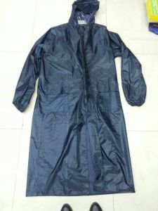 Reflective Polyeaster Waterproof Rain Coat with Low Price pictures & photos