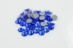 New Fashion Hot Fix Ss20 Capri Blue Rhinestone Motif Design for Garments pictures & photos