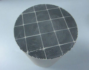 High Refractory Efficiency Ceramic Sic Diesel Particulate Filter pictures & photos