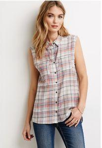 100% Cotton Vented Plaid Woman Shirt pictures & photos