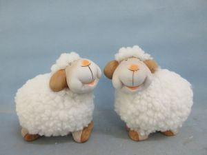Hand Made Craft Morden Ornaments Ceramic Sheep Figurine for Home Decoration pictures & photos