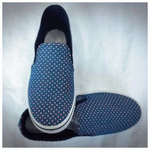 Yiyu Market Flat Shoes pictures & photos