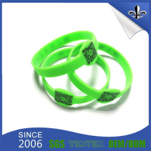 Immediatly Sample Green Color Silicone Wristbands pictures & photos