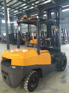 Toyota Forklift Price 4ton Diesel Forklift with Mitsubishi Engine pictures & photos