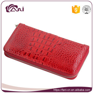 Chinese Red Crocodile Grain Zip Wallets for Women 2017 pictures & photos