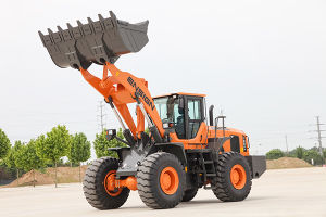 Famous New Front Articulated 5 Ton Wheel Loader with Cummins Engine pictures & photos