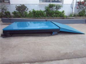 300kg 1.6m Hydraulic Scissor Lift (SJG0.3-1.6) pictures & photos