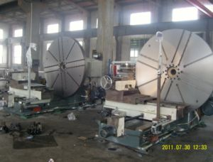 Large Lathe Machine with Hydraulic System (C64160) pictures & photos