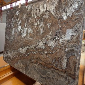 High-Quality Natural Brown Granite Amarone for Wall Decoration/Countertops/Tile Flooring pictures & photos