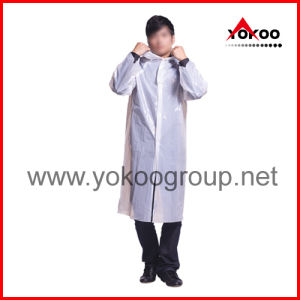 PE Disposable Raincoat with Sleevses and Buttons for Travelling (YB-1008)