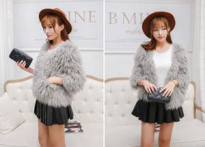 Women′s 100% Lamb Fur Short Coat 2015 New Fashion pictures & photos