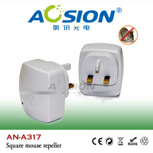 ABS Plastic Ultrasonic Pest Cat Insect Repeller with CE RoHS