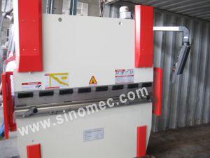 Wc67k-63t/2500 Nc Bending Machine pictures & photos