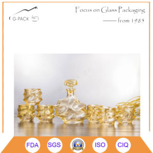 Golden Crystal Bottle with 6 Cup/Glass Liqueurs Bottle pictures & photos