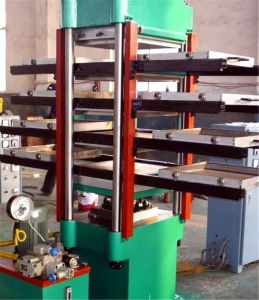 Rubber Tile Making Machine and Mould pictures & photos