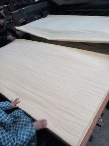 White Engineered Poplar Veneer/Recon Veneer pictures & photos