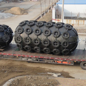 3.3m X 6.5m Floating Pneumatic Rubber Fenders for Barge Dock Applications and Ship to Ship Usage pictures & photos