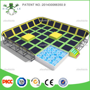 Xiaofeixia Customized Bounce Commercial Large Indoor Trampoline Park pictures & photos
