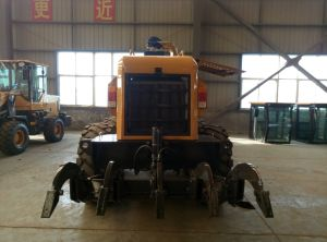 China Yellow or Blue 160HP Engine 15 Ton 160 Balance Tank Motor Grader pictures & photos