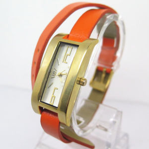 Womem′s Alloy Watch Fashion Cheap Hot Watch (HL-CD034) pictures & photos