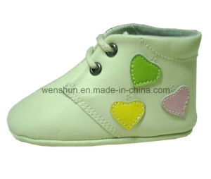 Hearts Designs Baby Shoes 05-102