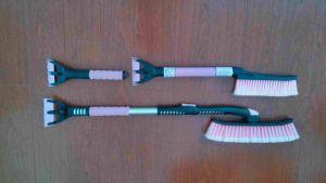 Lady Ladies Snow Brush with Ice Scraper pictures & photos