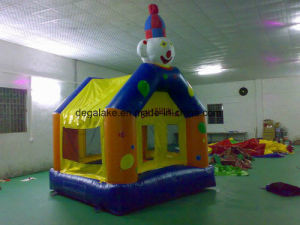 Custom Made Inflatable Giraffe Bouncy House pictures & photos