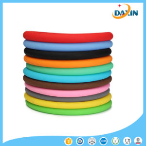 Non-Slip Multicolor General Auto Car Texture Silicone Steering Wheel Cover pictures & photos