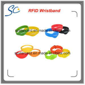 Different Size Silicon RFID Wristbands for Event&Festival Use pictures & photos