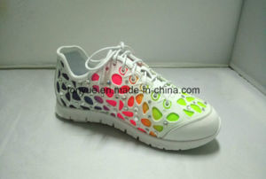 Lady Kpu Rubber with Diamond and Mesh Lining Soft Outsole Sneaker pictures & photos