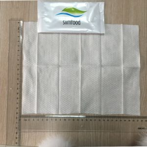 Yes Alcohol Free and Cleaning Use Metalized Package Wet Towel pictures & photos