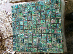 Blue Mother of Pearl Tile Shell Mosaic (HMP103) pictures & photos
