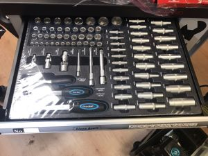 Best European Selling 249PCS Trolley Tool Set in Plastic Trays Packing (FY249A) pictures & photos