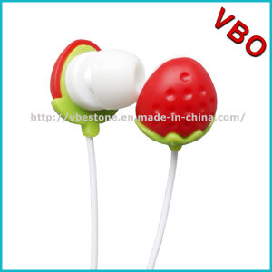 Stawberry Earbuds Kids Earphone for Girls pictures & photos