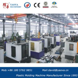 Yaova Blow Molding Machine of 6000ml Pet Stretch Bottles Blowing Machine pictures & photos