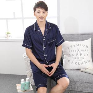 Spring and Summer Korean Version Men Silk Thin Pajamas Suit pictures & photos