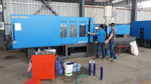 Big Plastic Injection Molding Machine for Medical Product pictures & photos