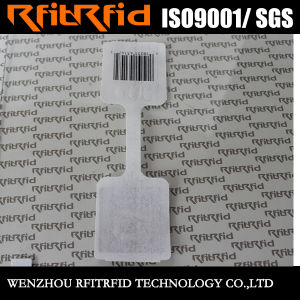 Passive Samll Antenna RFID NFC Tag for Jewelry pictures & photos