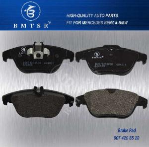Brake Pad Supplier OEM 0054200720 W204 C207 C250 pictures & photos