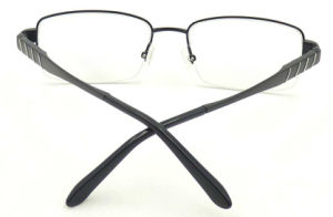 Oi171146 New Design Quality Titanium Material Half Frame Optical Eyeglasses pictures & photos
