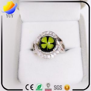 Flower Shape Rhodium Plated Epoxy Resin CZ Jewelry pictures & photos